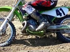 Acht crossmotoren gestolen uit Lewedorp, eigenaar looft 2.500 euro uit voor gouden tip
