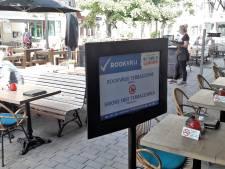 Terras café Anvers nu voor de helft rookvrij: 'In de trein en het vliegtuig rook je ook niet meer'
