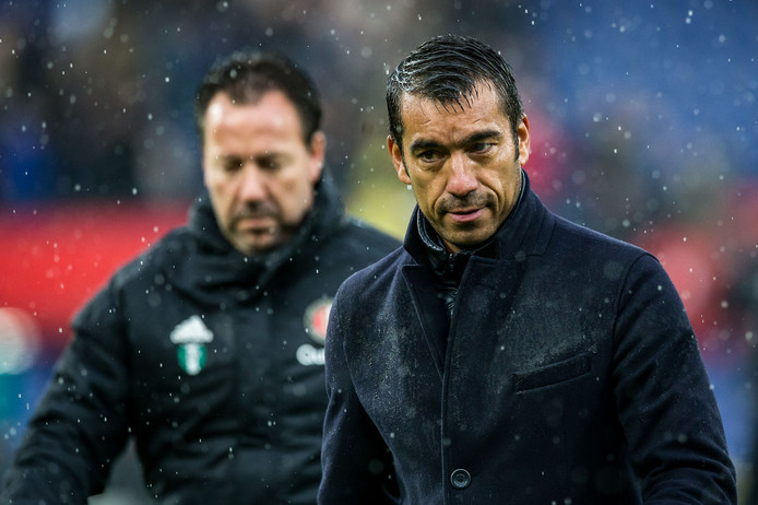Giovanni van Bronckhorst na afloop van Feyenoord - FC Utrecht.