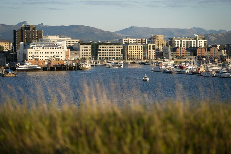 Het stadje Bodø, waar de vermiste Nederlander Arjen Kamphuis eind augustus voor het laatst gezien is. Beeld ANP, Jasper Juinen