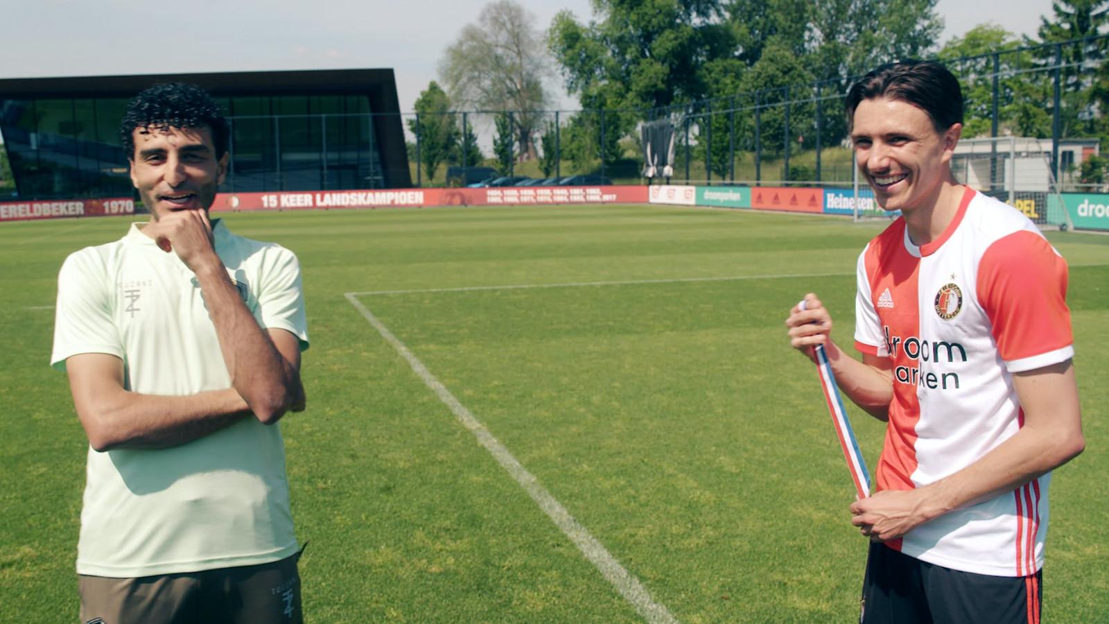 Soufiane Touzani met Steven Berghuis.