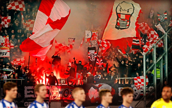 PSV-supporters zorgden dit seizoen voor een bezettingsgraad van 100 procent in uitvakken.