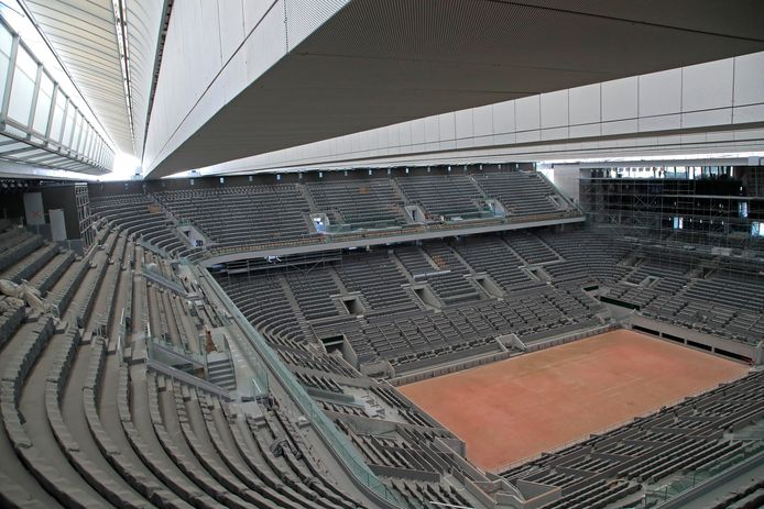 Le coup d'envoi des tableaux finaux de Roland-Garros ne sera donné que le week-end prochain, mais les protocoles mis en place par les organisateurs font déjà débat.