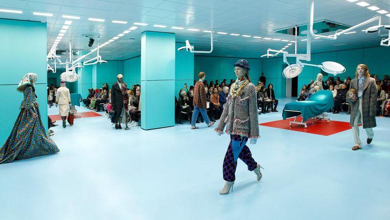 De modeshow van Gucci in Milaan. Beeld Ronan Gallagher/ Gucci