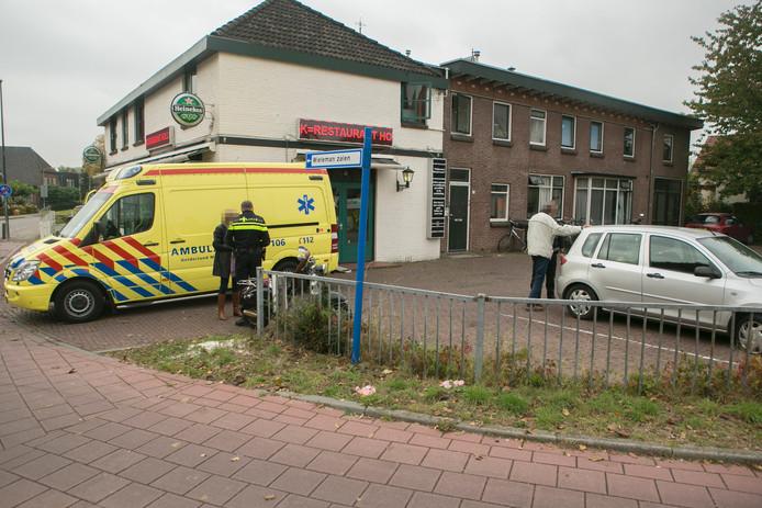 Het ongeluk gebeurde op de van de kruising Brugweg met de Dorpstraat.