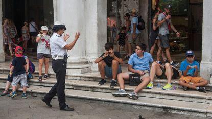 Venetië werkt aan zit- en ligverbod voor toeristen met boetes tot 500 euro