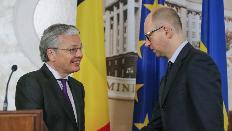 Minister Reynders met premier Jatsenjoek.