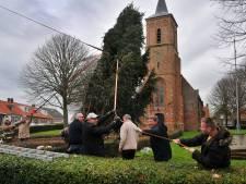 Voor iedere dorp en stad op Schouwen-Duiveland een kerstboom