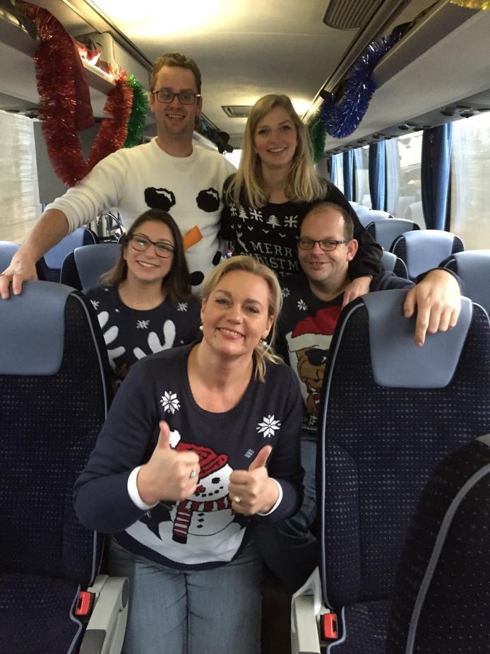 Chique Kersttrui.De 9 Leukste Foute Kersttruien In Twente Regio Tubantia Nl