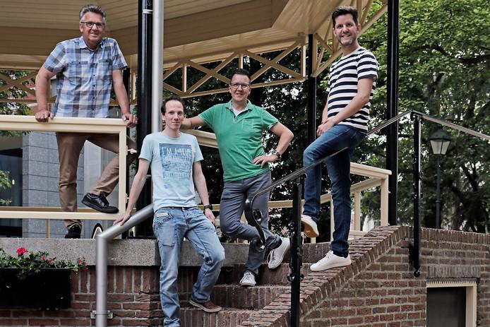 Hartog feestcommissie bijeen met links: Bert Geurts, middenonder: Maikel Tax middenboven: Fabian van den Hurk en rechts: Nestor Rodriguez