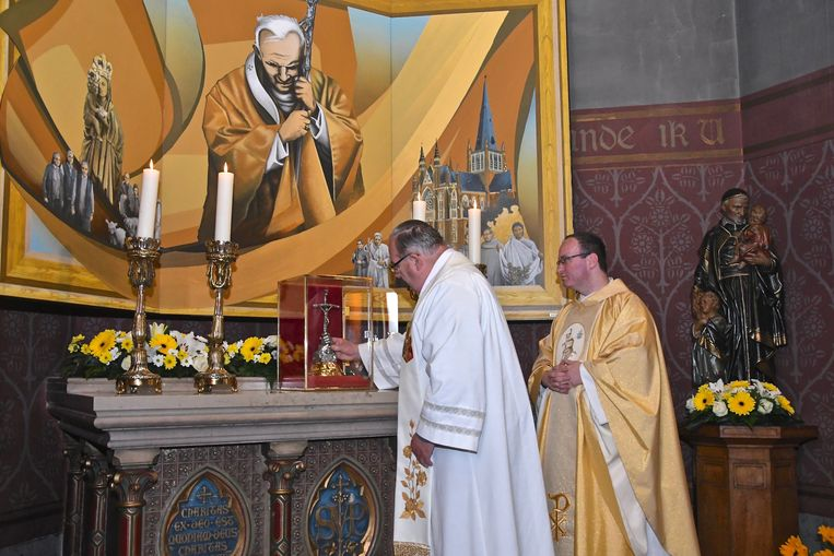 Priesters André Monstrey en Wim Vangheluwe.