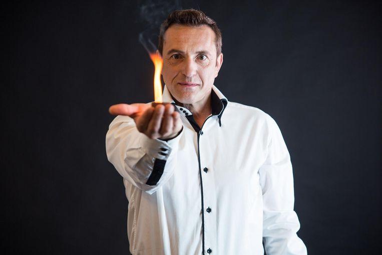 Goochelaar en illusionist, Kurt Katana.