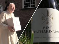 Zusters verkopen 20.000 flessen in 5 dagen met opbrengst van 200.000 euro