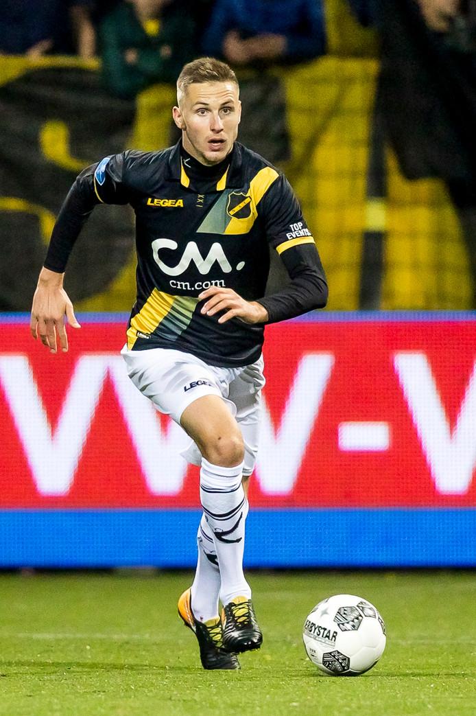 Karol Mets is op jonge leeftijd niet meer weg te denken uit het nationale team van Estland.