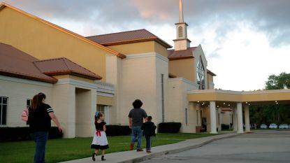 Amerikanen gaan ondanks lockdown nog steeds naar de kerk