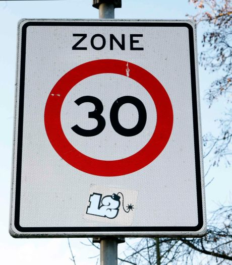 Wierdenaren mogen zich uitspreken of straks in bebouwde kom overal 30 km/uur geldt