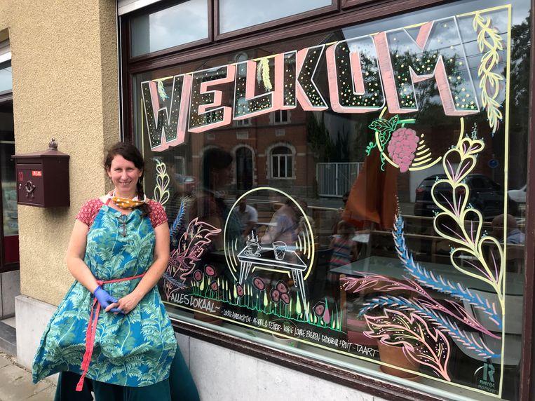 Bar Deco in Veltem-Beisem opent de deuren.