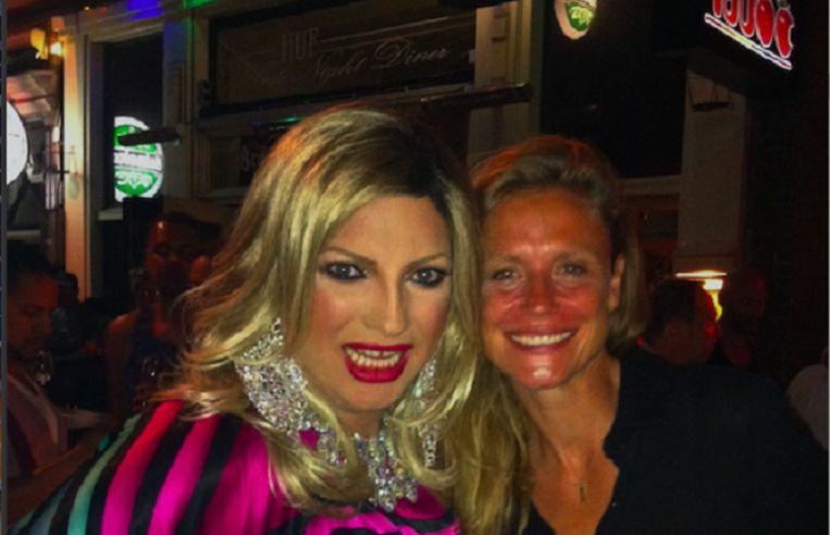 Presentatrice Sophie Hilbrand gaat op stap met dragqueen Mayday. Beeld BNN