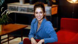 """Kim Van Oncen runt al 13 jaar een supermarkt: """"Elke zondag kun je me nog achter de kassa vinden"""""""