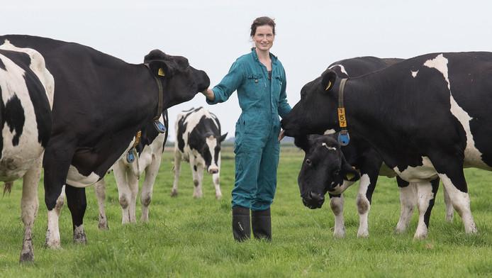 Boerin Agnes van de Ven verdient door ingestorte melkprijs maandelijks 5.000 euro minder.