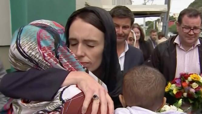 """Nieuw-Zeelandse premier krijgt lof na aanslag: """"De anti-Trump. En dat heeft de wereld nodig"""""""