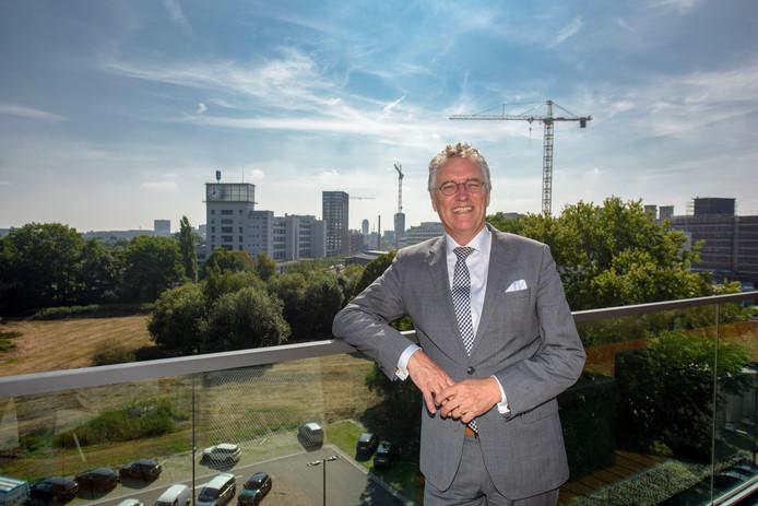 De Eindhovense burgemeester John Jorritsma, die precies halverwege zijn ambtsperiode is.