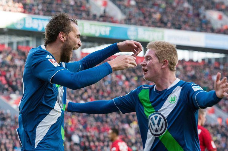 Onder meer dankzij vier goals van Dost (l) en een assist van De Bruyne wonnen die Wölfe met 4-5.