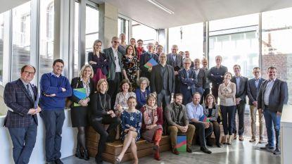 Artsen Regionaal Ziekenhuis Tienen en Leuven volgen samen managementopleiding