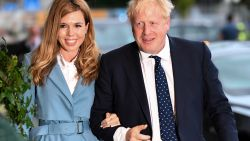 De (veel jongere) vrouw achter Boris Johnson: hoe Carrie toch nog alle harten kon veroveren