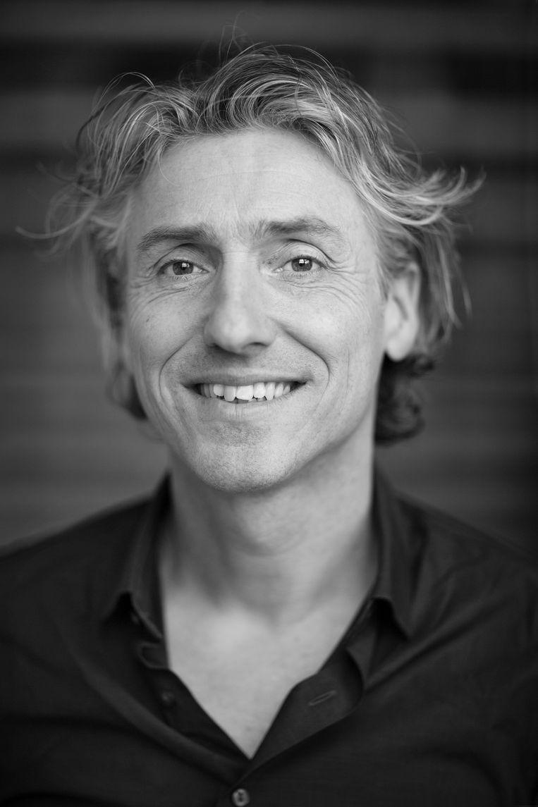 Reint Jan Renes is gedragswetenschapper en lector aan de HvA en doet onderzoek naar de gedragspsychologie achter klimaatverandering en duurzaamheid. Beeld Ed van Rijswijk