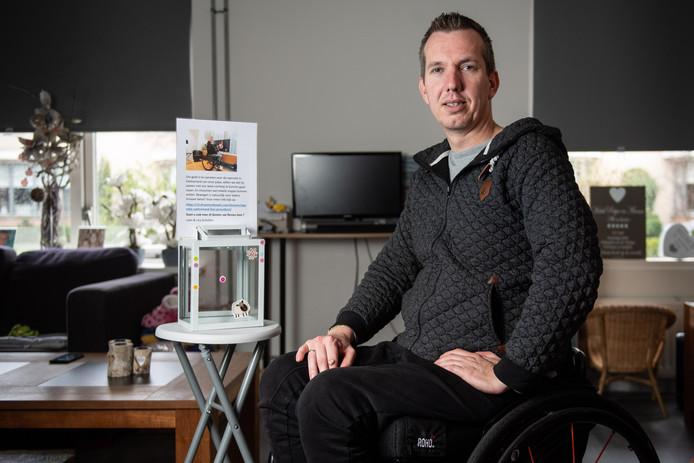 Roy Scholten heeft twee jaar geleden een bedrijfsongeval gehad en daarbij een dwarslaesie opgelopen.