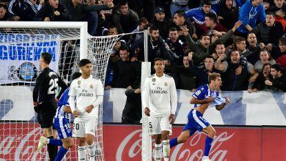 Courtois schat in 95ste minuut hoekschop verkeerd in: Real Madrid verliest van Alavés en kan vierde wedstrijd op rij niet scoren