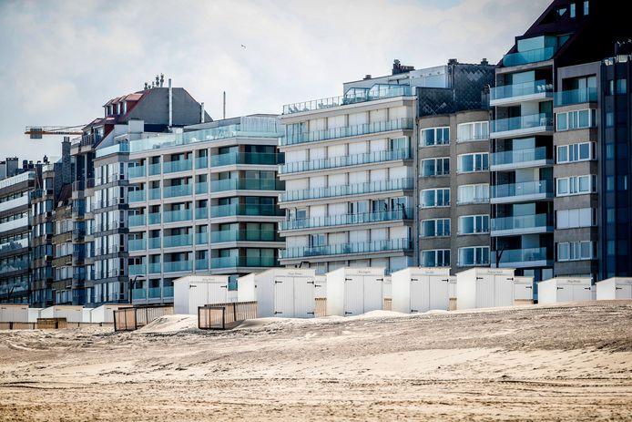 Des appartements sur la digue à Knokke.
