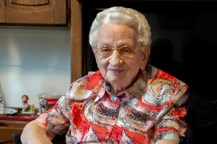 Marie van Alderen woont al bijna heel haar leven in een verzorgingshuis in Goirle.