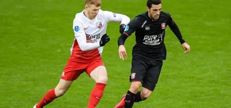 Pover FC Utrecht met de zege aan haal dankzij debutant Arweiler
