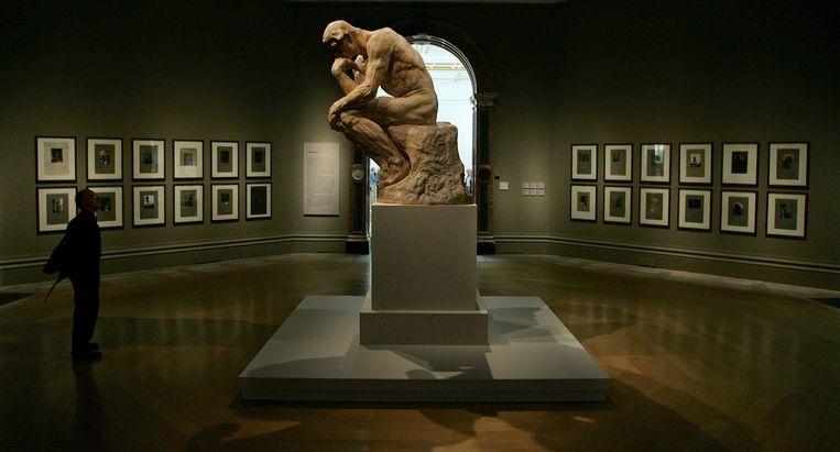 Grieken weinig begrepen hebben van de 'Denker' van Rodin, die in gedachten verzonken van de wereld afgesloten lijkt, zegt David Rijser.