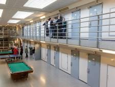 Wat gebeurde er tijdens de lockdown in de gevangenis van Zutphen en waarom?
