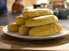 Zelf worstenbroodjes maken? Zo zijn ze het lekkerst