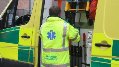 Fietsers gewond na valpartij langs Hoogstraat, motorrijder gewond na botsing op Oudenaardsesteenweg