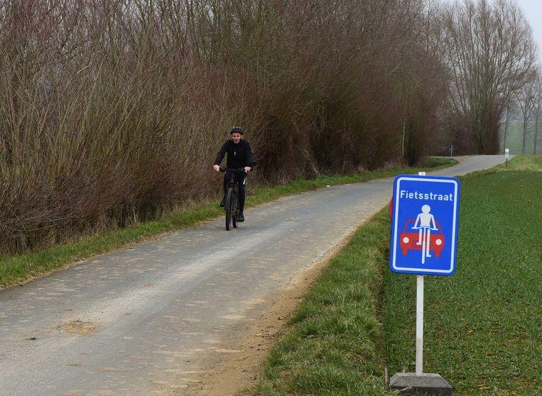 Er ligt al een eerste fietsstraat in de Paddenbroekstraat in Gooik.