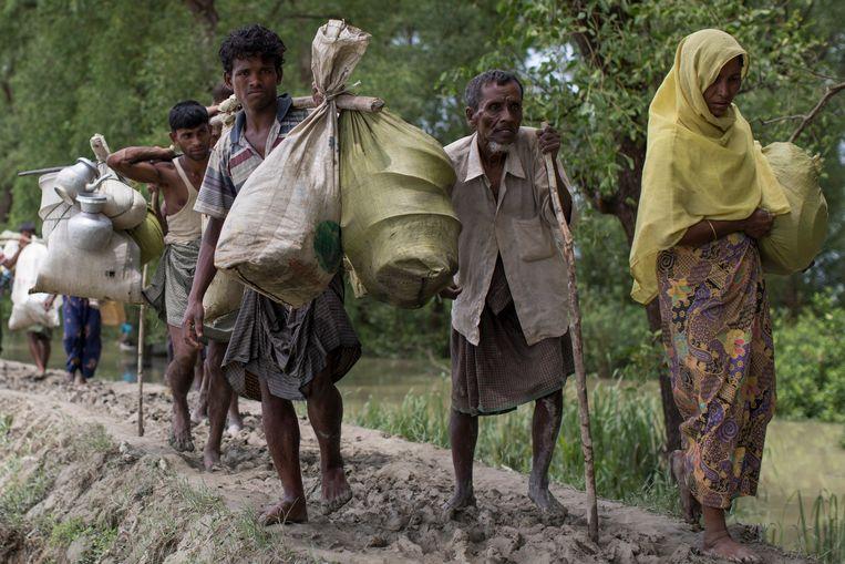De Verenigde Naties schatten dat sinds 25 augustus, toen het huidige geweld begon, meer dan 400.000 Rohingya uit Burma zijn gevlucht naar Bangladesh. Beeld Getty Images