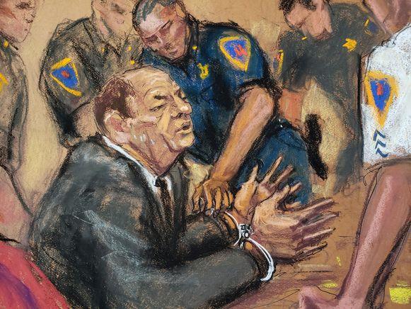 Weinstein werd onmiddellijk naar een gevangenis overgebracht. Rechter James Burke bepaalt op 11 maart de strafmaat.