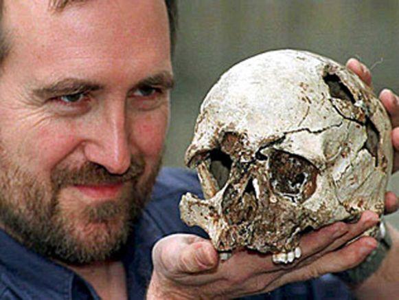 In de Gough's Cave werd in 1903 het 10.000 jaar oude skelet van de 'Cheddar Man' gevonden.