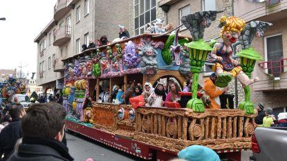 Massa trotseert koude voor carnavalsstoet
