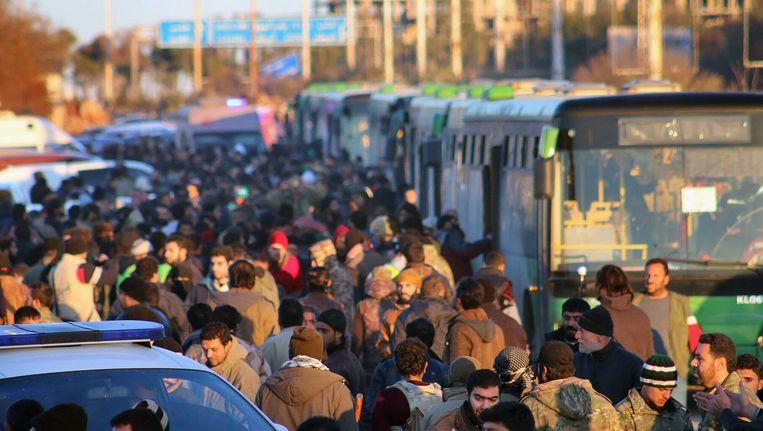 Beeld van de evacuatie van afgelopen donderdag. Beeld AP