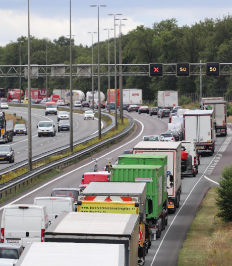 Intelligente verkeerslichten moeten files te lijf gaan in Gelderland