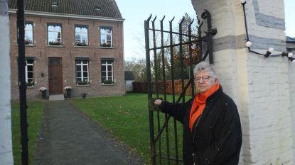 Paula Rijckaert nodigt alleenstaanden uit voor kerstdiner in pastorie van Deurle