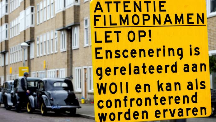 Op het Merwedeplein, waar de familie Frank woonde voordat zij onderdook, zijn de opnames begonnen voor de eerste Duitse bioscoopfilm over Anne Frank.