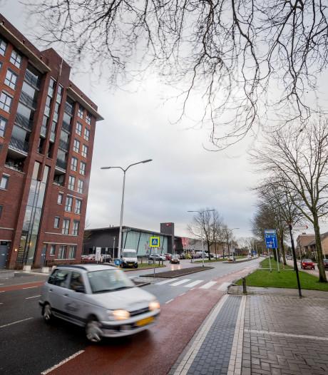 Opnieuw aandacht gevraagd voor overlast op Vincent van Goghplein in Almelo