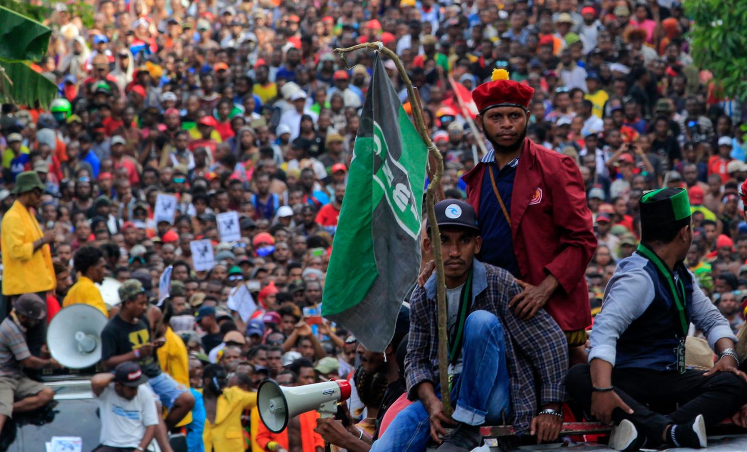 Duizenden mensen trokken gisteren door de straten van West-Papoea.